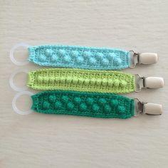 Elsker når ideer lykkedes Er så tilfreds med resultatet på dem her☺️ #madebymianielsen #hæklet #hjemmelavet #crochet #suttesnor #baby…