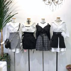 Korean Outfits Ideas photo credits to fb 💞 Stage Outfits, Kpop Outfits, Teen Fashion Outfits, Edgy Outfits, Korean Outfits, Mode Outfits, Grunge Outfits, Cute Fashion, Girl Outfits