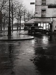 The small bistro at the corner, 1951, F. C. Gundlach. born in 1926