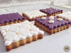 Galletas elegantes decoradas con fondant | Alice Bakery