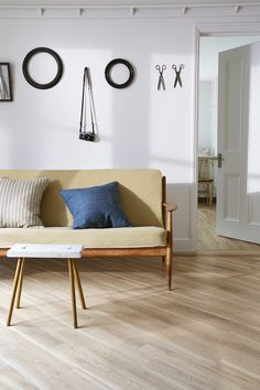 Wood Effect - Vinyl flooring from michael-john.co.uk