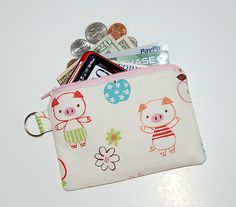 CUTE LITTLE PIGS - Small Zipper Pouch / Cell Phone Gadget Holder