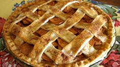 Dulce de Leche Apple Pie Recipe with Pate Brisee - Made in Argentina Pie Dessert, Dessert Recipes, Argentine Recipes, Perfect Apple Pie, Argentina Food, Apple Pie Recipes, International Recipes, Caramel Apples, Sweet Tooth