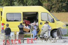 Een soort marktje? #photography #travelphotography #traveller #canonnederland #canon_photos #fotocursus #fotoreis #travelblog #reizen #reisjournalist #travelwriter#fotoworkshop #willemlaros.nl #reisfotografie #moto73 #suzuki #v-strom #MySuzuki #motorbike #motorfiets  #myswitzerland #zwitserland #grandtour #lenk #simmental #fribourgregion #fb #tw