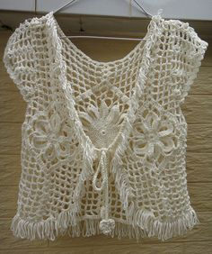 BOHO HIPPIE crochet lace bolero fringe jacket por Tinacrochetstudio