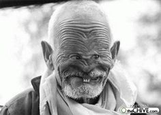 Google Image Result for http://4.bp.blogspot.com/-GnZzGJy34sE/TgWII5K0lfI/AAAAAAAAAB4/wEE6OiOJegs/s1600/funny+orkut+scraps+funny+people+faces+old+man.jpg