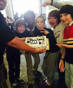 The cast celebrating Caleb's birthday on set during filming for Season 1. #StrangerThings