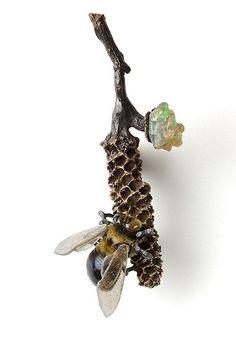 ≗ The Bee's Reverie ≗ Bee Jewelry - Glass, Found Objects Jewelry Alexandra Lozier Bee Jewelry, Insect Jewelry, Animal Jewelry, Jewelry Art, Antique Jewelry, Jewelry Design, Jewellery, Jewelry Ideas, Found Object Jewelry