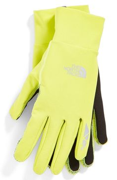 North Face runner's gloves for cold weather http://rstyle.me/n/vf55vr9te