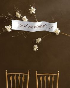 Templates for Wedding Decorations Just Married Sign Decorate an entryway with a blooming branch, regardless of the time of year. Here, a leafless dogwood limb provides the base for a Just Married sign and gardenia blossoms that have been wired. Fall Wedding, Diy Wedding, Rustic Wedding, Dream Wedding, Wedding Ideas, Wedding Stuff, Wedding Images, Wedding Themes, Wedding Signs