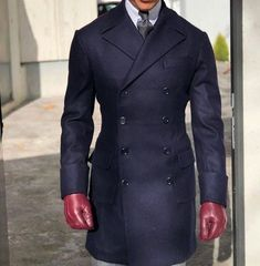 Amazing coat! What do you think? #menswear #mensfashion #suits www.tuckedtrunks.com