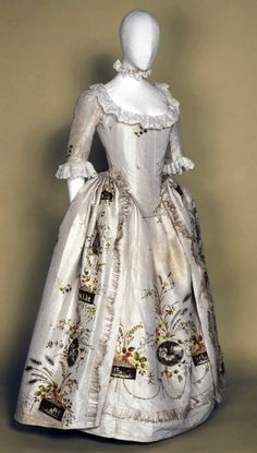 "Robe à l'anglaise"", painted medallions after Angelica Kauffmann France, circa 1787 Silk, gold thread embroidery, silver glittering spangles, embroidered and painted motifs on appliqué taffeta medallions - a dress from The Duchess is modeled after this!"