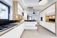 Studio A&K Chrzanów DREWNIANY BLAT W KUCHNI Kitchen Dinning Room, Kitchen Corner, Modern Interior, Room Inspiration, Small Spaces, Modern Design, Sweet Home, New Homes, Kitchen Cabinets