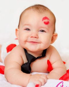 Baby Photos Boy Maternity Photos – The Best One Valentine's Day Cool Baby, Baby Kind, Photo Bb, Kind Photo, Baby Boy Pictures, Newborn Pictures, 6 Month Baby Picture Ideas Boy, Cute Baby Photos, Boy Maternity Photos