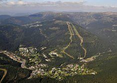 Lanová dráha Medvědín. Ve Špindlerově Mlýně můžete i v letních měsících využívat lanovku na vrch Medvědín odkud vede spousta upravovanych turistickych tras.