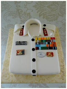 This would be great for a grooms cake!