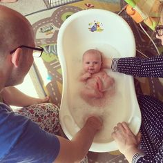 Bath time! #connie #8weeks #baby #babygirl
