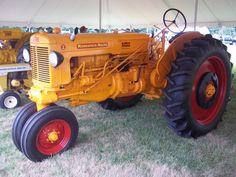 Minnepolis Moline Z tractor Antique Tractors, Old Tractors, Minneapolis Moline, Mini Mo, Old Farm Equipment, Farming, Beats, Iron, Signs