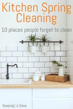 It's time for spring cleaning and cleaning the kitchen can be overwhelming. Here are some kitchen spring cleaning tips and the 10 places people forget to clean! Homemade Cleaning Products, House Cleaning Tips, Natural Cleaning Products, Spring Cleaning, Cleaning Hacks, Kitchen Cleaning, Declutter Home, Natural Kitchen, Spring Projects