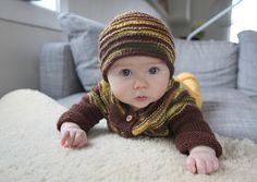 melker's kindergarten kit.  baby size.  love the hat.  free pattern.