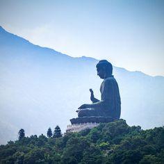 Bouddha géant - Monastère Po Lin - Lantau Island Hong Kong ©Bule Sky Studio shutterstock