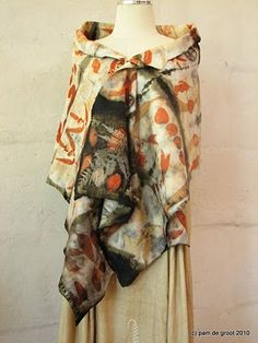 Stunningly beautiful shawl, eco printed by Pam de Groot-like the darker parts How To Dye Fabric, Fabric Art, Textile Dyeing, Textile Art, Hippy Chic, Textiles, Silk Painting, Shawls And Wraps, Capes