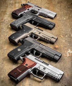Weapons Guns, Guns And Ammo, Rifles, Sig Sauer P226, Sig P220, Armas Ninja, Shooting Guns, Military Guns, Cool Guns