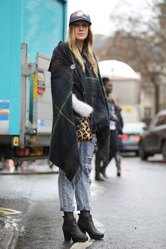 Check Out Our Street Style Snaps from London Fashion Week! | Teen Vogue
