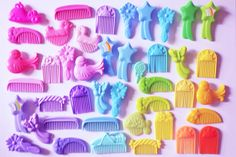 A lot of MLP combs and brushes.