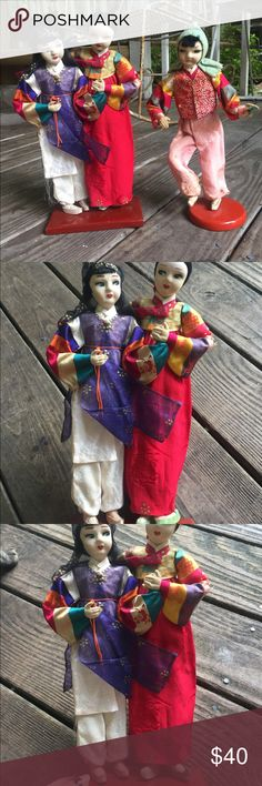 Vtg antique Lanier Geisha cloth dolls Japan rare Presumed to be 1930's-40's, these antique cloth geisha dolls are incredible. Both on wooden stands. Single standalone geisha has some issues with fabric but overall for their age, they are all amazing. Stand about a foot tall. Price is for all. Other