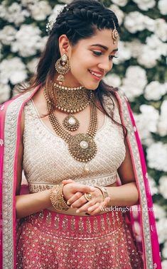 bridal jewellery ideas , bridal jewellery images , bridal jewellery sets , gold bridal jewellery , bridal jewellery brides , bridal jewellery indian wedding , tanishq bridal jewellery collection Indian Wedding Makeup, Indian Bridal Outfits, Bridal Dresses, Reception Dresses, South Indian Wedding Hairstyles, Stem Challenge, Desi Bride, Collor, Indian Wedding Photography