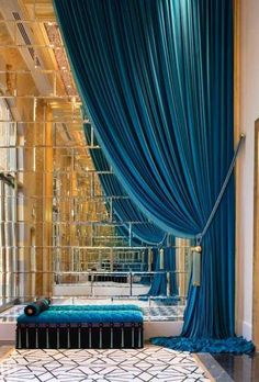 Teal velvet curtains and mirror tiles - beautiful effect. by summer Design Hotel, House Design, Home Interior, Interior And Exterior, Interior Staircase, Luxury Interior, Modern Interior, Velvet Drapes, Blue Drapes