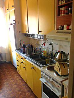 Före - Originalkök, platsbyggt från 50-talet.
