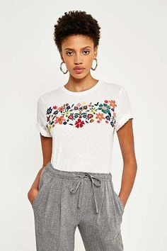 Shop Pins & Needles Floral Embroidered Washed T-Shirt at Urban Outfitters today. We carry all the latest styles, colours and brands for you to choose from right here. Diy Embroidery Shirt, Diy Bead Embroidery, Embroidery On Clothes, Flower Embroidery Designs, Embroidered Clothes, Embroidery Fashion, Jumper Shirt, T Shirt Diy, Urban Outfitters