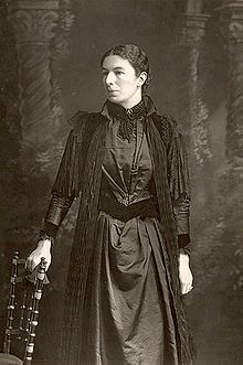 Mary Augusta Ward (image from Wikipedia) was mentioned in H.G. Wells' novel _The Sea Lady_ as someone read by intelligent girls.