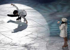 Yuzuru HANYU 羽生結弦 羽生がエキシビションに登場、NHK杯 国際ニュース:AFPBB News