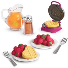 American Girl New Waffle Breakfast Set Heart Waffle Maker Kitchen Valentine Comida American Girl, American Girl Food, American Girl Doll Room, Ropa American Girl, American Girl Crafts, American Girl Clothes, Breakfast Waffles, Breakfast Set, Poupées Our Generation