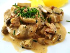 Pork Recipes Filettopf of ingwe Hamburger Meat Recipes, Sausage Recipes, Pork Recipes, Pasta Recipes, Cooking Chef Gourmet, Creamy Chicken Pasta, Bacon Pasta, Maila, Mushrooms