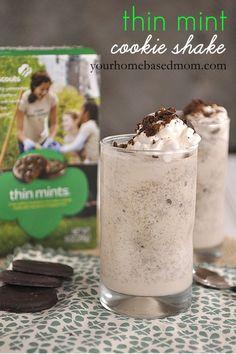 thin mint cookie shake @yourhomebasedmom.com  #milkshakes,#girlscoutcookies,#cookies