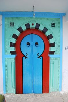 Tunisian door by BockoPix, via Flickr