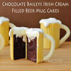 Chocolate Baileys Irish Cream Filled Beer Mug Cakes - recipe: http://www.hungryhappenings.com/2014/03/beer-mug-cakes-with-baileys-filling.html