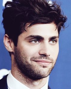 Matthew Daddario is hot af #Shadowhunters #Alec  Also go give me @lavalogan a big follow and like all my pics and I'll like yours too! by shadowhunters_uk