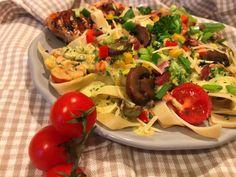 Ízek világa: Mediterrán zöldséges sajtos tészta sült csirkemellel | Mediterrán ételek és egyéb finomságok... Tacos, Mexican, Ethnic Recipes, Food, Essen, Meals, Yemek, Mexicans, Eten