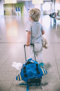 10 Things to do BEFORE the Flight to Make Traveling with Kids More Enjoyable - Barefoot Blonde by Amber Fillerup Clark
