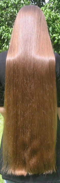 Sexy Long Hair Tips! http://longhairtips.org/ Hard to believe that this is really real. But I believe it is real and can't stop looking at her hair :-)