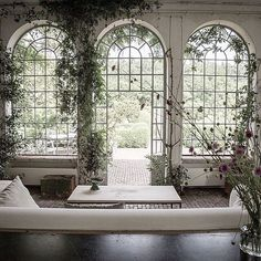 I'm struggling to locate a thin to effectively green-house for the gardening fact is that there seem to be a lot of pre-owned conservatories. Interior Architecture, Interior And Exterior, Porches, Door Design, House Design, House Goals, Inspired Homes, Living Room Interior, Interiores Design