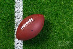 american-football-on-grass-from-above-richard-thomas.jpg (900×600)