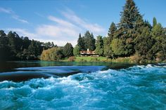 Luxurious Huka Lodge boutique hotel near Lake Taupo is one of the world's top retreats, fabulous for fine dining, fishing or fun in the great outdoors. New Zealand Country, North Island New Zealand, South Island, Huka Lodge, Nova, Hotel Spa, Golf Hotel, Hotels And Resorts, Luxury Hotels