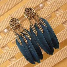 Feather Jewelry, Feather Earrings, Tassel Earrings, Dangle Earrings, Moda Vintage, Cuir Vintage, Vintage Leather, Retro Vintage, Fashion Earrings