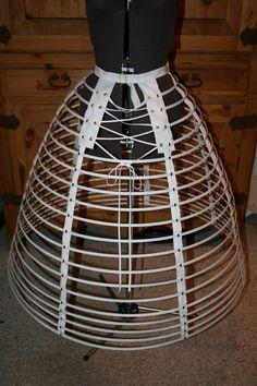 1860s Cage Crinoline Vintage Corset, Vintage Underwear, Hoop Dreams, Hoop Skirt, Victorian Costume, Skirt Patterns Sewing, Period Outfit, Victorian Women, Cage